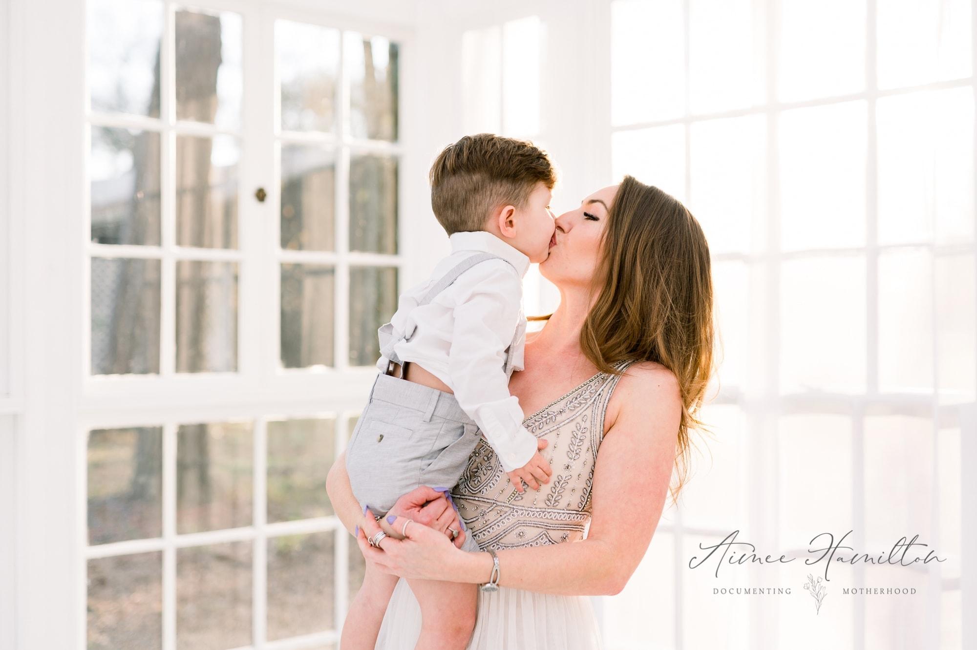 Dallas Motherhood Photographer