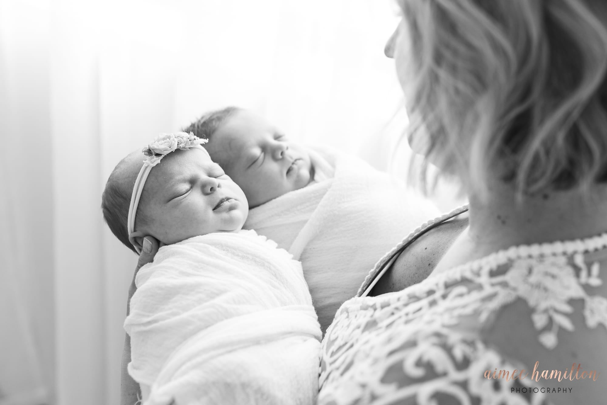 Dallas Twin Newborn Photographer