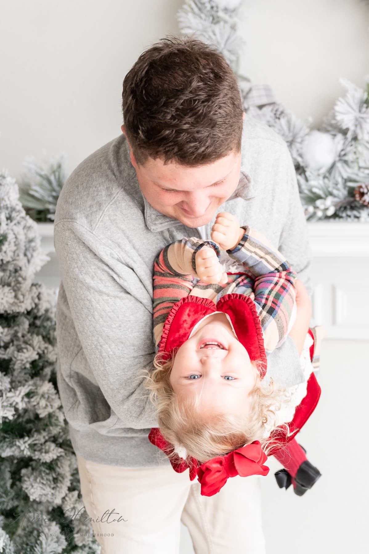 Dad and baby Christmas pictures